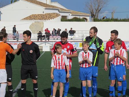 """El Benjamín """"A"""" acompaña al primer equipo en la jornada 24"""